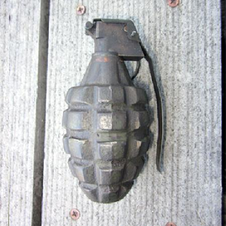 Military Antiques and Museum - - OR-098  WWII US MK II Hand Grenade
