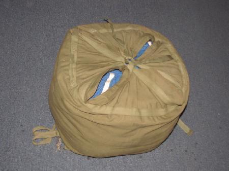 UF 188 Korean War Era US Air Force Blue Cargo Parachute And Carrier