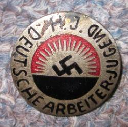 click to see sale-ml947-wwii-german-hitler-youth-german-worker-enamel-badge