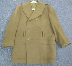 click to see sale-uu407-wwii-us-army-officers-short-mackinaw-coat-39r