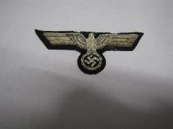 click to see ml1000-wwii-german-army-officers-breast-eagle