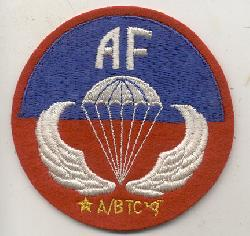 click to see sale-ml1405-us-army-airborne-jump-school-sicily-patch