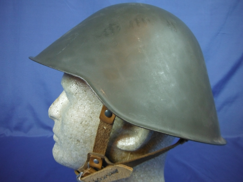 [Question] how much did the East German Helmet weigh ...