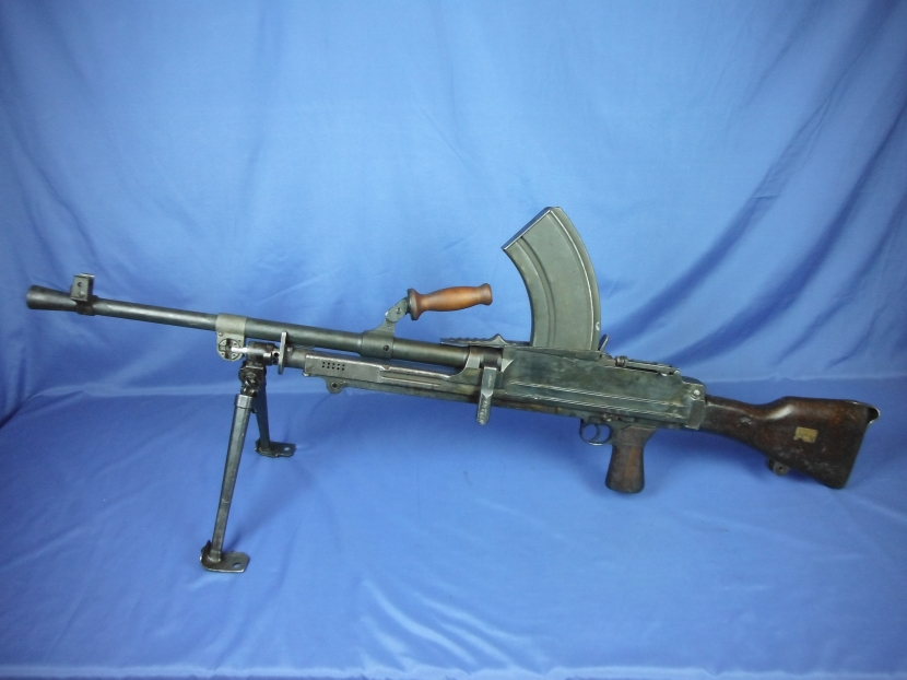 Military Antiques and Museum - - BWD-0010 WWII British Bren MKII