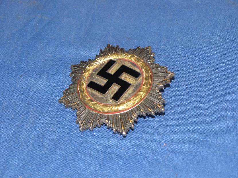 GWM-0147-DB WW II German Cross in Gold With Original Case