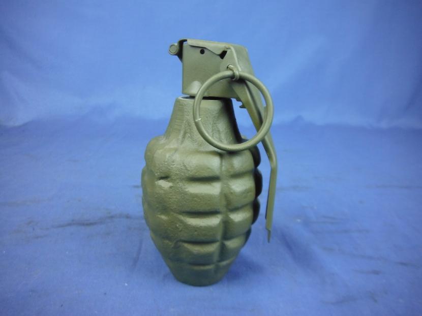 UYO-0012 Postwar US Pineapple Training Grenade (inert - not