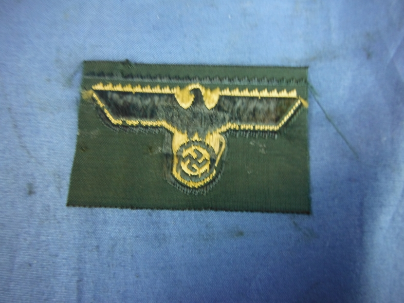 GWI-0136 WWII German Army Bevo Insignia - Patches and