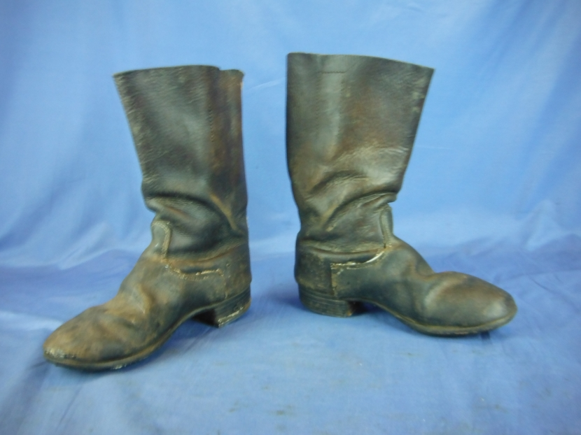 GWG-0100 Pair of WWII German Jackboots with heel Plates and Hobnails