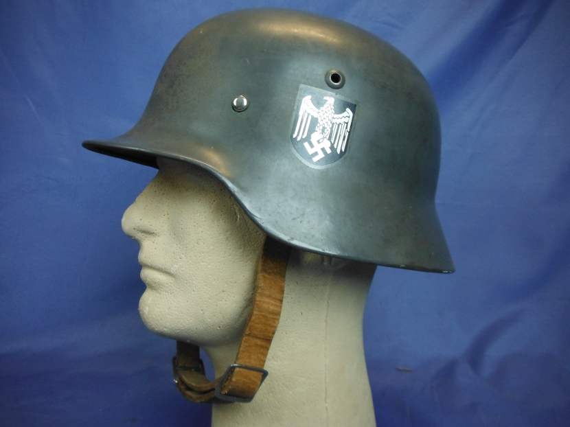 GWH-0071 WWII German Stahlhelm M35 - Helmets - Military Antiques and